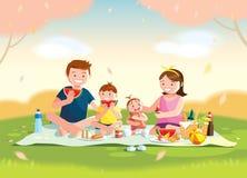 享受野餐的家庭 他们坐草在公园,与膳食的孩子的篮子和玩具 被弄脏的背景 向量例证