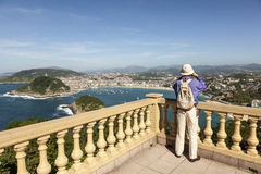 享用圣塞瓦斯蒂安,西班牙 免版税库存照片