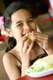 享用温暖午餐的panini 库存图片