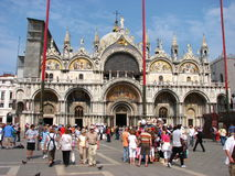 享用理想的夏天游人威尼斯的日 图库摄影