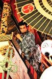 京都,日本- 2011年7月15日:一个未认出的男性执行者 库存图片