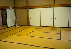 京都,日本- 2017年7月05日:用榻榻米垫报道的屋子在Tenryu籍在京都 免版税库存图片