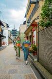 京都,日本- 2017年7月05日:Yasaka塔Gion Higashiyama区,京都美丽的景色  库存照片