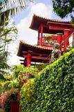 亭子在Monte的一个美丽的庭院里在丰沙尔马德拉岛上 库存照片