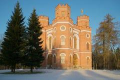 亭子武库在Tsarskoye Selo,冷淡的11月天亚历山大公园  免版税库存照片