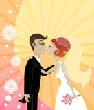 亲吻婚礼 库存照片