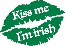 亲吻我是爱尔兰语与绿色嘴唇的我 库存例证
