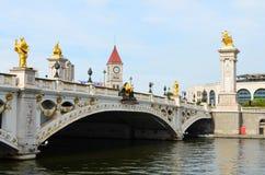 亲爱的桥梁在天津,中国 免版税库存图片
