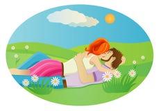 亲吻在草甸的夫妇 免版税库存照片