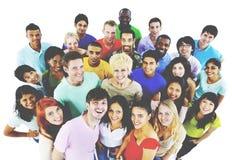 人一起青年文化学生快乐的概念 免版税库存照片