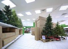 人为圣诞节搁置结构树种类 免版税库存图片