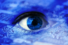 人为或利用仿生学的眼睛 库存照片