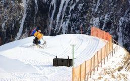 人为枪生产雪 Fellhorn在冬天 阿尔卑斯,德国 库存照片
