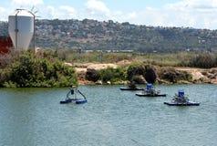 人为池塘的设备养鱼的 免版税库存照片