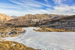 人为滑雪倾斜 免版税图库摄影