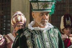 人们在中世纪衣裳穿戴了在每年节日`时费拉Fr的庆祝 库存图片