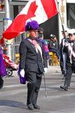 人们在圣帕特里克` s天游行,渥太华,加拿大 免版税库存图片