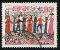 人们在森林里,大约1976年 免版税库存图片