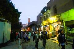 人们在老开罗,埃及 免版税库存照片