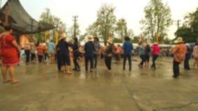 人们在Suan桐树Lae Khom清莱公园跳舞在Songkran天 股票视频