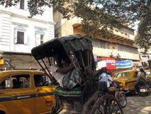 人力车司机在加尔各答 图库摄影