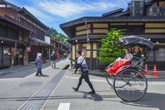 人力车在历史城市高山市,日本 免版税库存照片