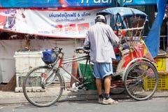 人力车在暖武里府,泰国 库存图片