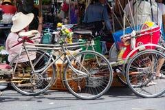 人力车在暖武里府,泰国 库存照片