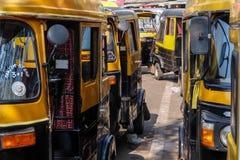 人力车计程车车站在帕纳吉,果阿,印度 免版税库存照片