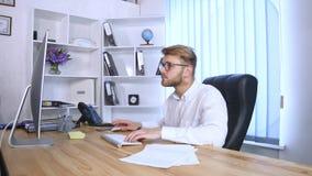 人办公室运作的年轻人 库存照片