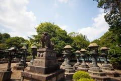 人参观2015年8月15日的Tosho顾寺庙在日光,日本 图库摄影