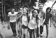 人友谊统一性杂乱的一团队团结概念 库存照片