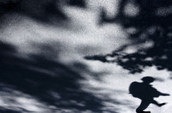 人和自然的模糊的阴影 库存图片