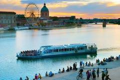 人图卢兹河堤防 法国 免版税库存照片
