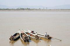 在缅甸的四条小船 免版税库存图片