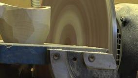 人在木头雕刻 民间工艺 木头 民间技术 4K决议 股票录像