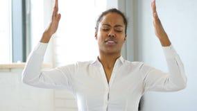 黑人妇女反应对失败 股票视频