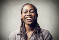 黑人妇女微笑 免版税库存图片