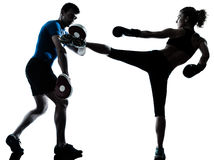 人妇女拳击培训 免版税图库摄影