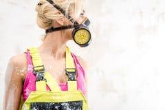 人工呼吸机的女性 免版税图库摄影