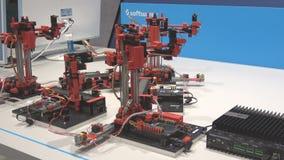 人工智能和阿利斯公共DFKI德国研究中心兴建陈列市场的乐高聪明的工厂 影视素材
