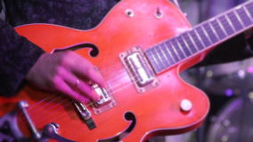 人弹电吉他 股票录像