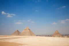 令人惊讶的吉萨棉金字塔 库存图片