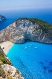 令人惊讶的Navagio海滩在扎金索斯州海岛,希腊 免版税库存照片