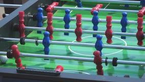 人戏剧喷射器桌橄榄球足球 股票视频