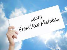 人手对负纸与文本从您的差错吸取教训 信号 库存例证