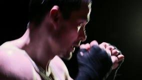 年轻人拳击阴影拳击 免版税库存图片