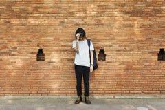 人摄影师旅客生活方式概念 免版税库存照片