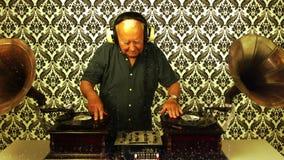 令人敬畏的祖父DJ 股票视频