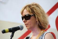 人权活动家安娜Karetnikova支持对立会议的政治犯 库存照片
